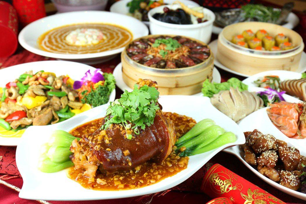 台南富信大飯店9,880元桌菜。  台南富信大飯店/提供
