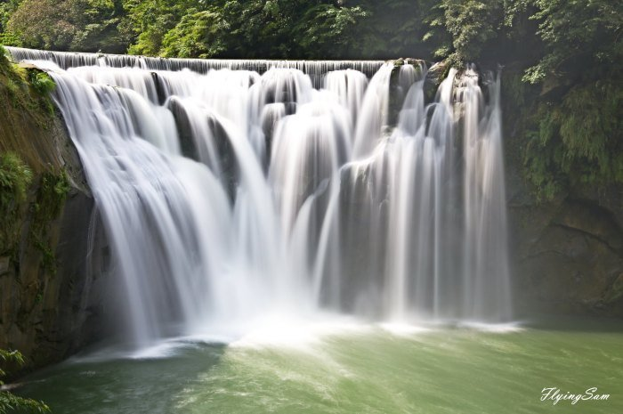 十分瀑布。 圖/Flickr