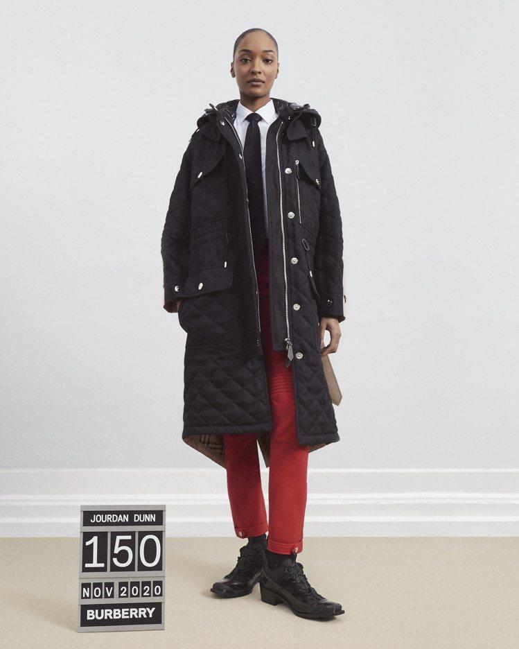 BURBERRY未來經典系列限量版可拆式連帽絎縫苧麻棉及棉質連帽大衣,12萬5,...