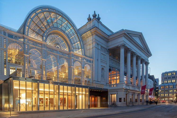 不少著名指揮家、音樂家都曾參與英國皇家歌劇院舞台上的演出,包括前勞力士創藝推薦資...