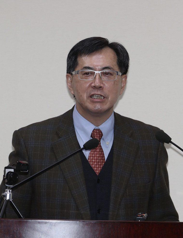 消費者文教基金會董事長黃怡騰。記者曾吉松/攝影