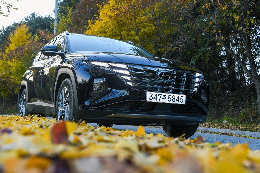 大改款第四代Hyundai Tucson (NX4)。 摘自Hyundai