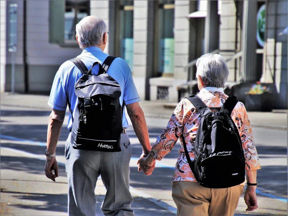 退休後,時間增多,但是體力可能不如從前,建議可以先從距離比較近的地區旅遊 圖/p...