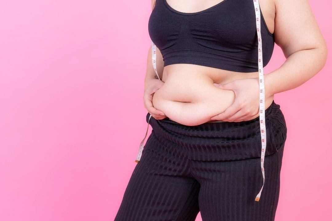 有些人雖然瘦、吃的也不多,但是因為喜歡吃甜食、垃圾食物,卻又不愛運動,所以脂肪逐...