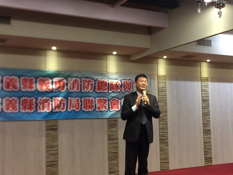 消防署長陳文龍感謝打火弟兄、義消在第一線的努力。記者莊祖銘/攝影