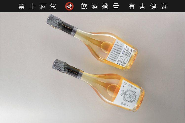 L'Origine起始點傳統釀造氣泡酒2018,建議售價3,600元。圖/威石東...