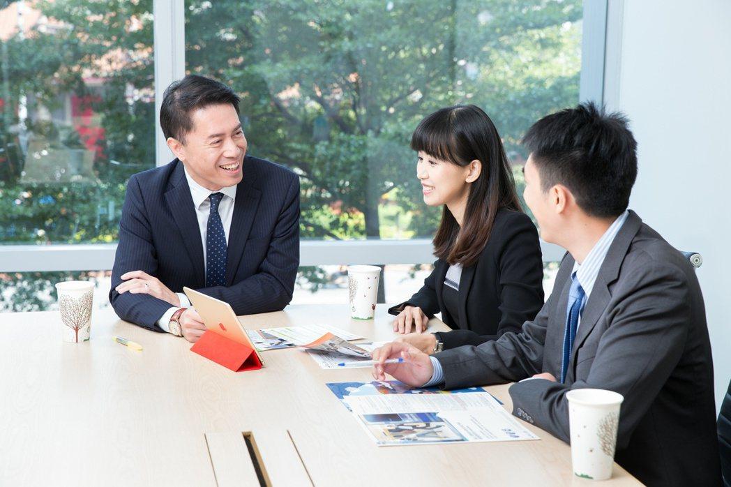 南山人壽推出保障型新商品,三大特色助攻高資產族群。南山人壽/提供