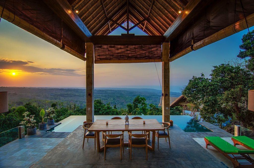 印尼峇厘島坐擁 180 度景觀的私人泳池別墅。 Airbnb /提供