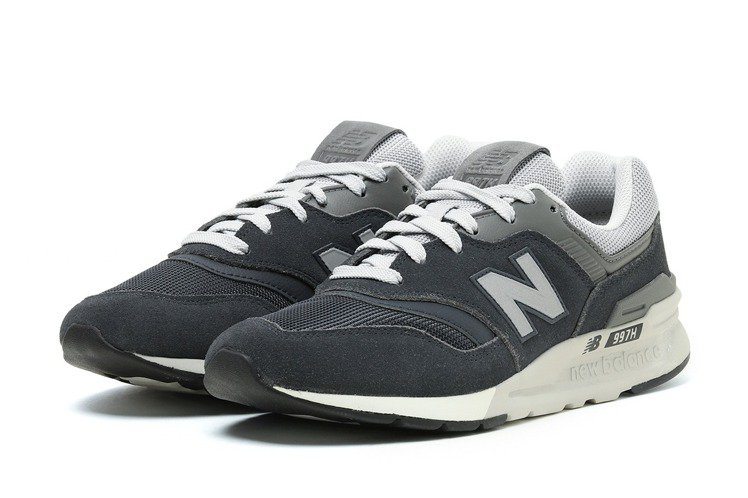 :CHOCOOLATE與New Balance聯名系列鞋款4,599元。圖/I....