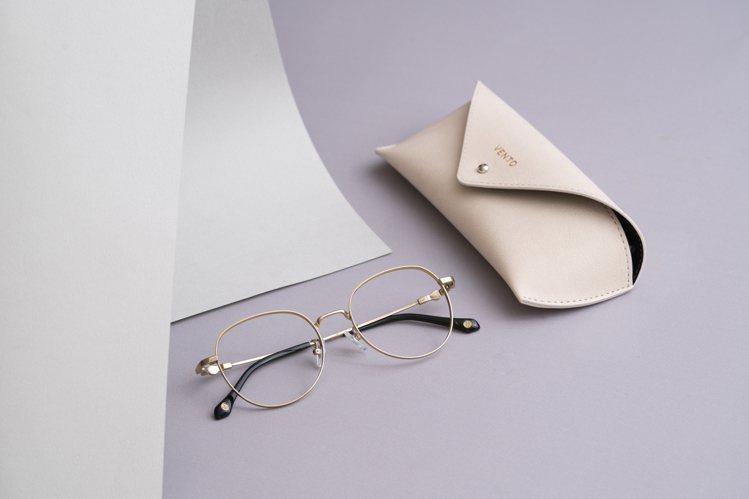 小林眼鏡VENTO記憶金屬系列眼鏡1,888元起。圖/小林眼鏡提供