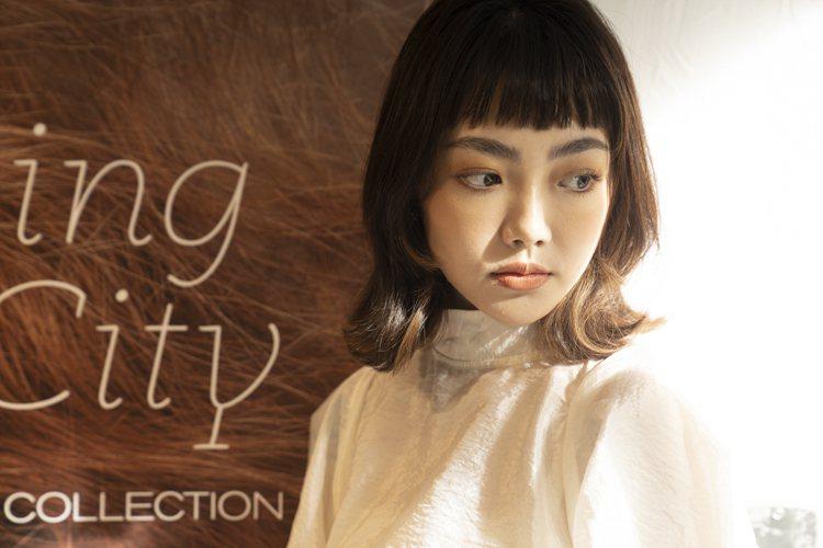 RMK的2021春妝,以暖棕色帶來的療癒風格為主。圖/RMK提供