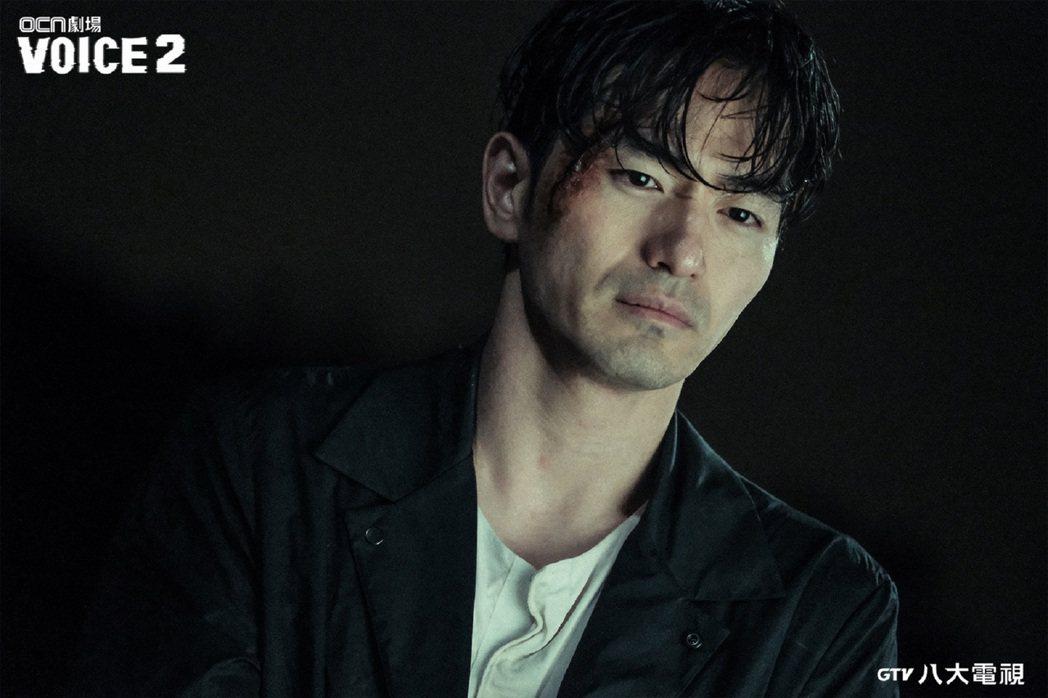 「VOICE2」男神李陣郁與權律展開正面對決。圖/八大電視提供