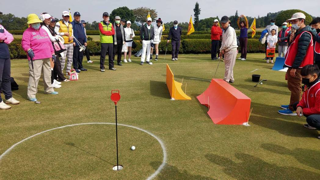 第二十屆壽山公益盃募款高球賽,今於高雄信誼高爾夫球場舉行。
