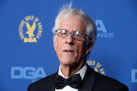 曾執導金獎名片「礦工的女兒」、007第19集「縱橫天下」的英國名導麥可艾普泰,周四於洛杉磯家中去世,享年79歲,經紀人雖證實他的死訊,卻沒有透露死因。麥可艾普泰向來被視為處理文藝題材的好手,他所執導...