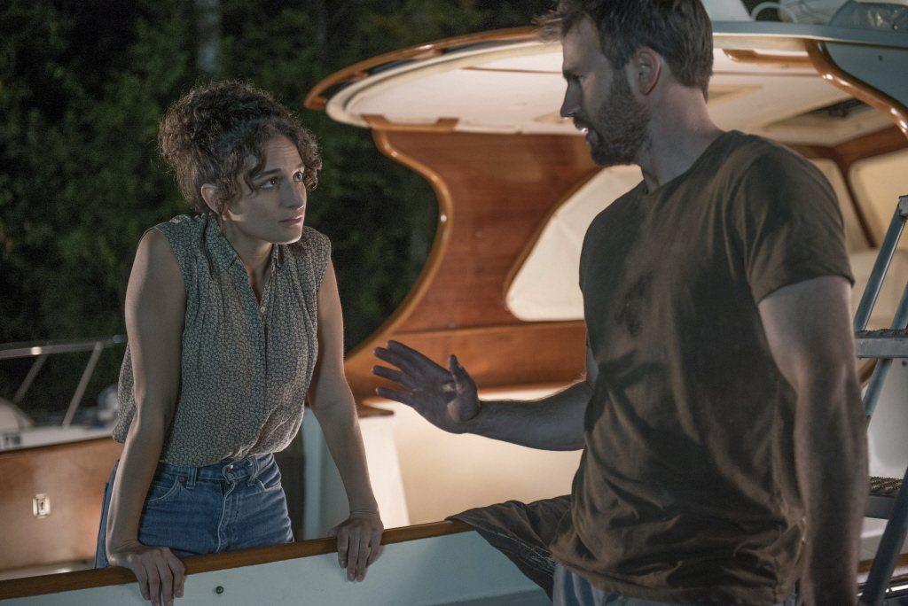 克里斯伊凡(右)與珍妮史萊特因戲結緣,無奈戀情仍以分手收場。圖/摘自imdb
