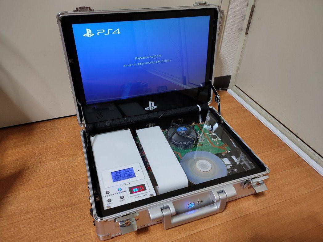 網友自行改裝後,創出令玩家羨慕到流口水的「便攜型PS4」!(twitter@Dx...