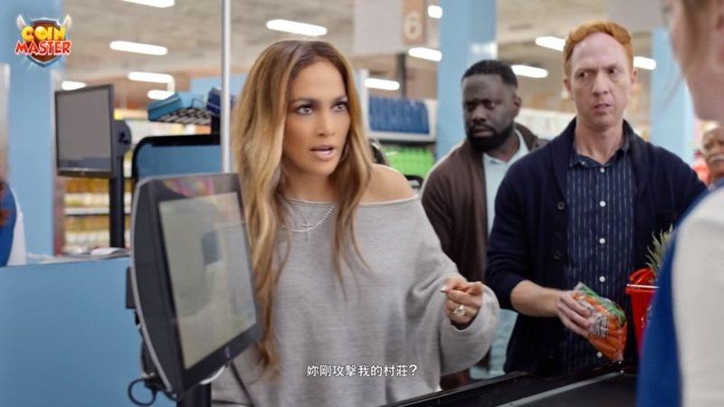 拉丁天后珍妮佛•羅培茲(Jennifer Lopez)日前代言一款遊戲廣告意外暴紅。 圖擷自「Moon Active」YouTube