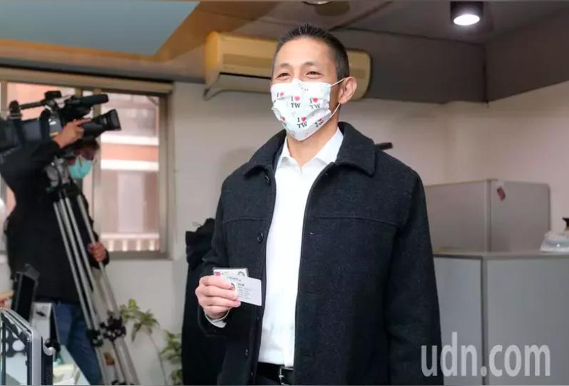 新境界智庫副執行長吳怡農日前登記參選北市黨部主委選舉。記者胡經周/攝影