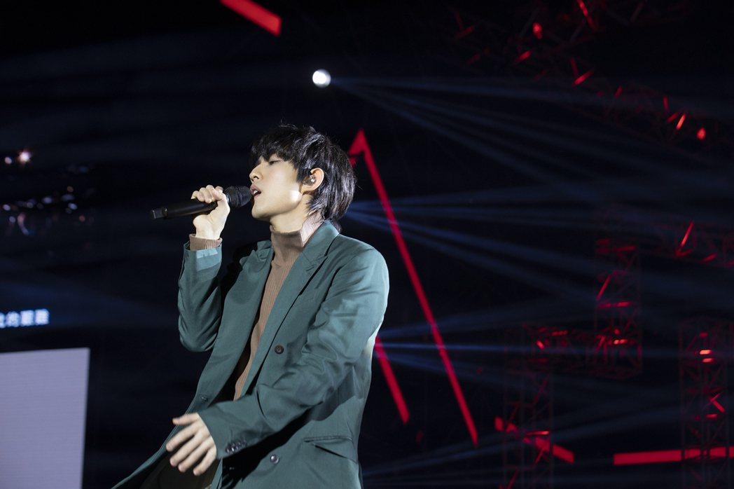 林宥嘉一連演唱「成全」、「說謊」等多首金曲。圖/華研國際提供