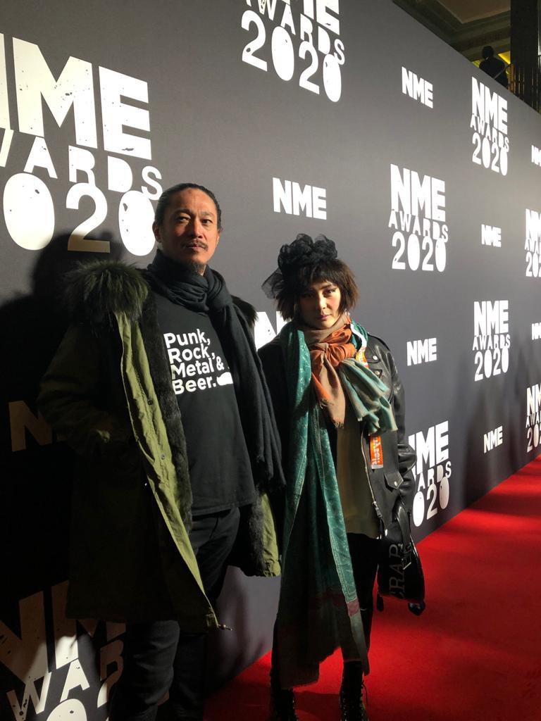 何超儀和老公陳子聰(左)獲邀出席NME頒獎典禮。圖/852 Films提供