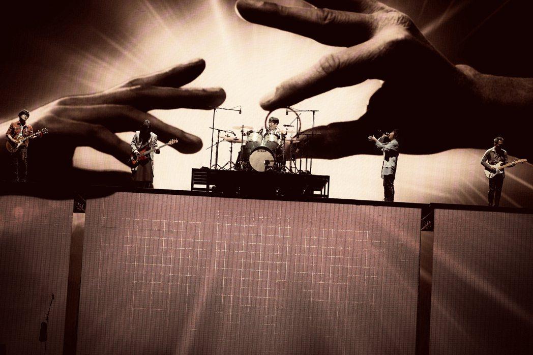 五月天全新巡演「好好好想見到你」桃園場今晚完美落幕。圖/相信音樂提供