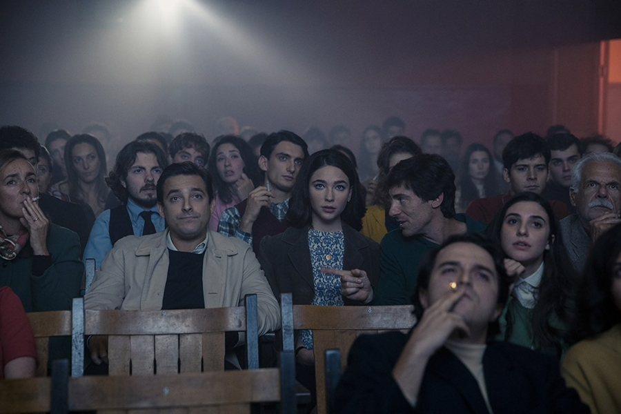 《玫瑰島》劇照。 圖/Netflix