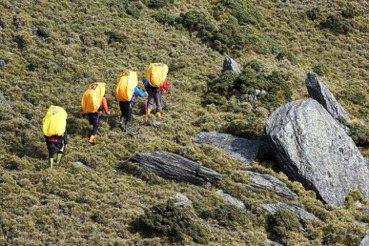 「迷途」的台灣山域嚮導制度:無商業定義下的犧牲者