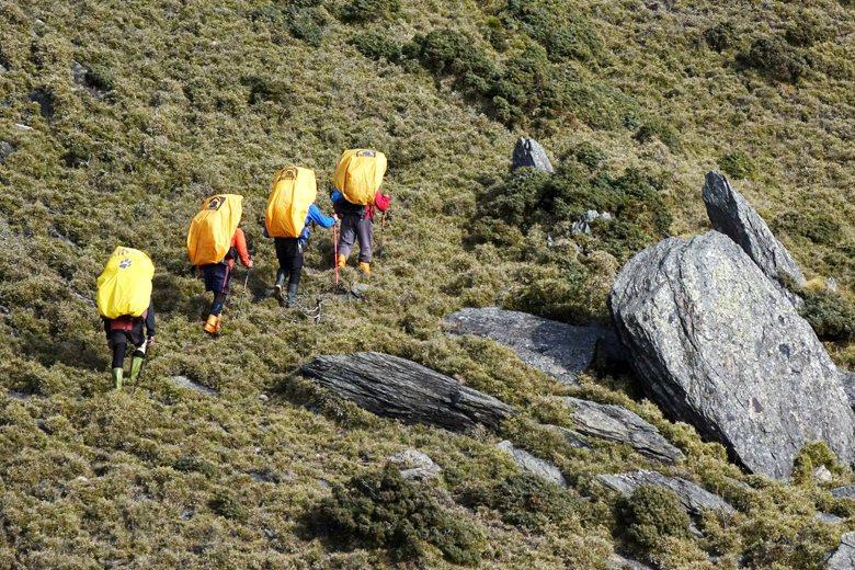 形塑專業嚮導制度三要素為觀光、經濟、安全,但為何台灣的山域嚮導制度持續迷途中? 圖/聯合報系資料照