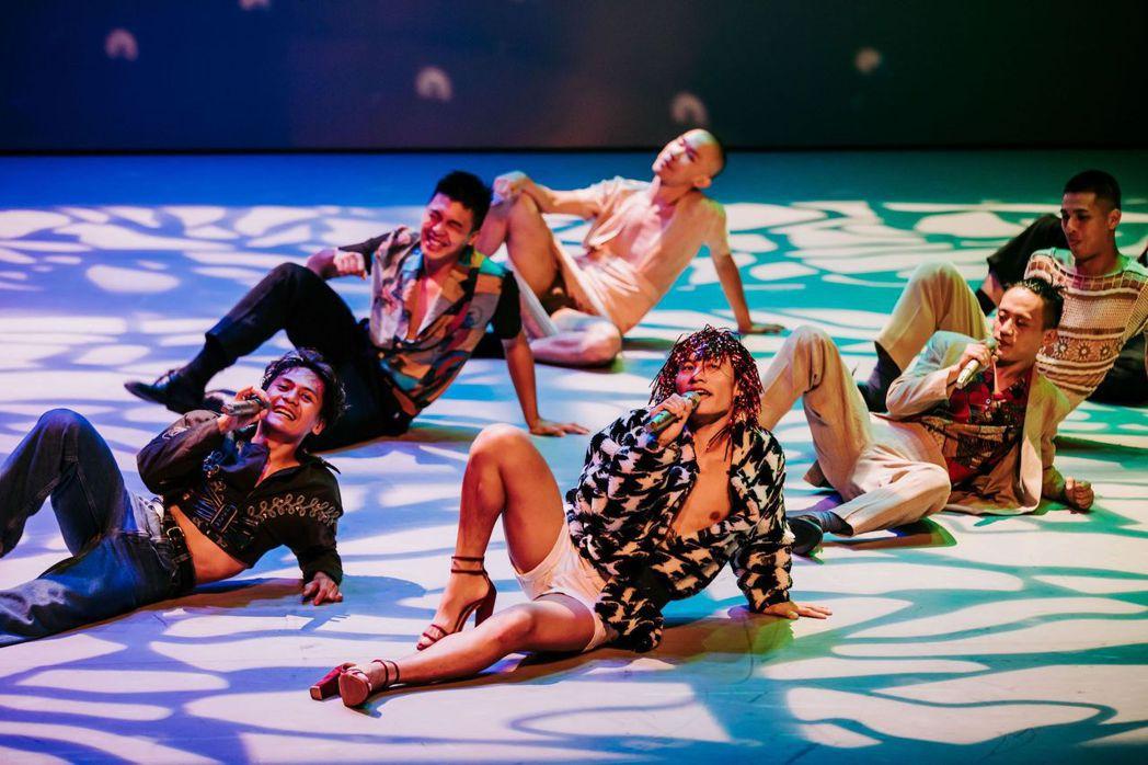 1月23日南美館將邀請布拉瑞揚舞團演出《#是否》精彩片段。  南美館/提供