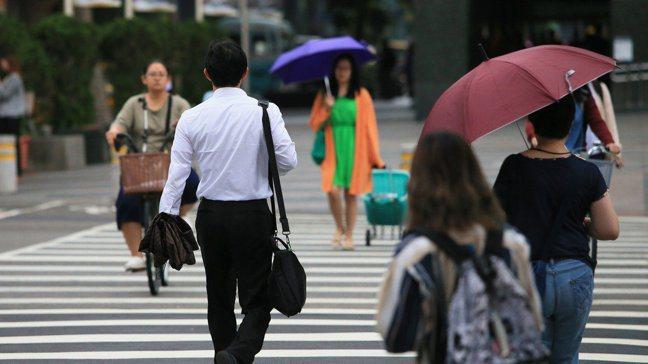 在少子女化壓力進逼下,台灣在2020年出現史上首度人口負成長。 報系資料照
