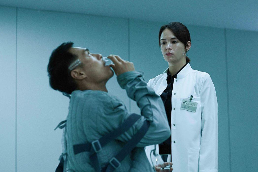 張榕容揭露楊祐寧在「複身犯」的怪物之謎。圖/牽猴子提供