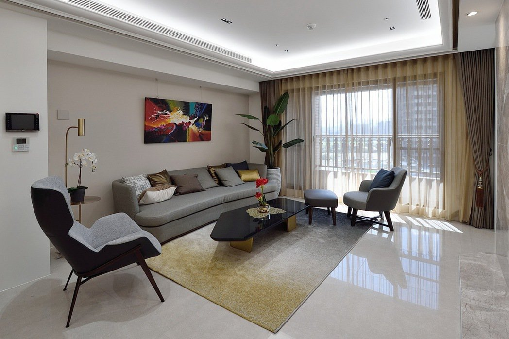 85坪5房最後個位數戶別倒數,雙主臥、獨立傭人房設計,適合三代同堂。 業者/提供