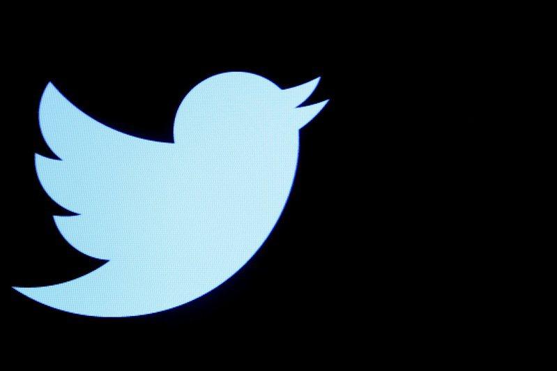 推特自8日起已停用7萬多個帳號,這些帳號主要在分享極右翼團體「匿名者Q」(QAnon)的陰謀論。 路透