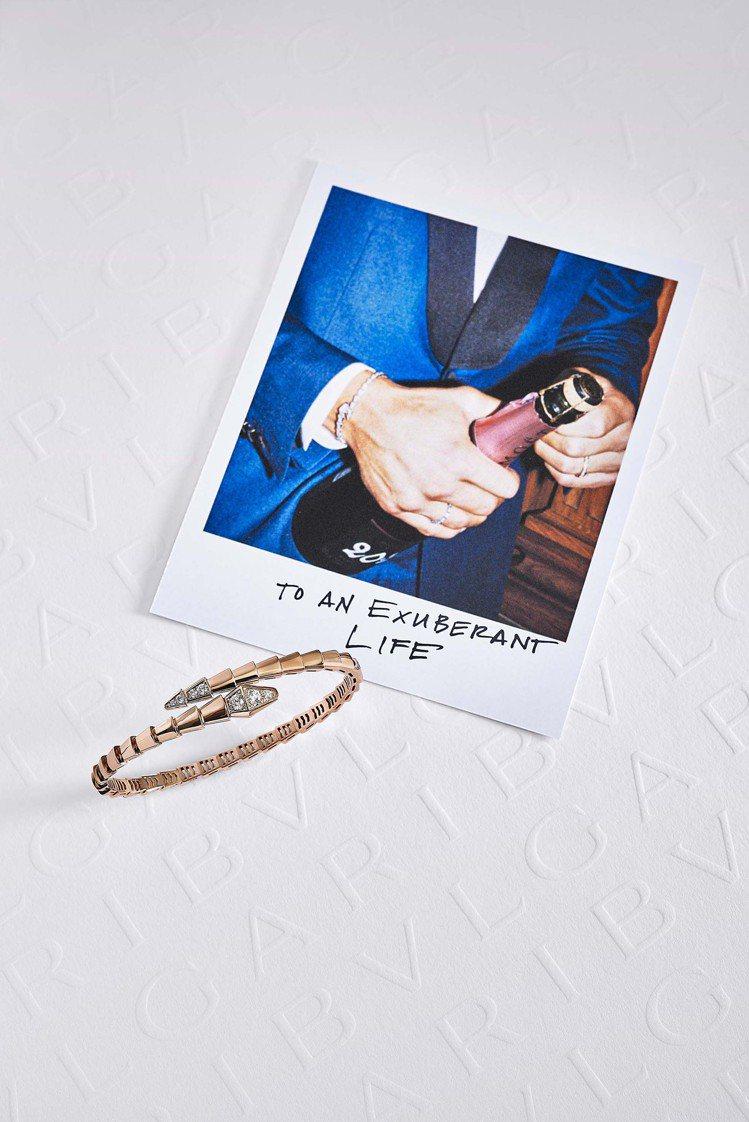 BVLGARI Serpenti Viper玫瑰金鑽石單圈手環,23萬5,600...