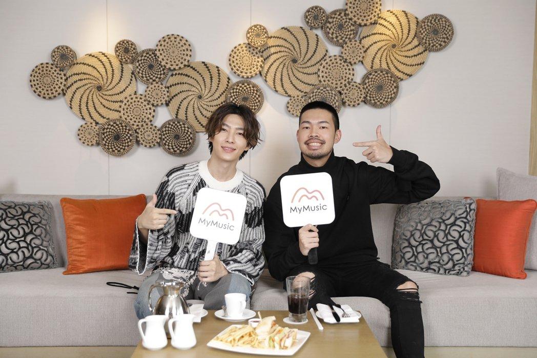 炎亞綸(左)接受陳大天訪問,談心境大轉折。圖/MyMusic提供
