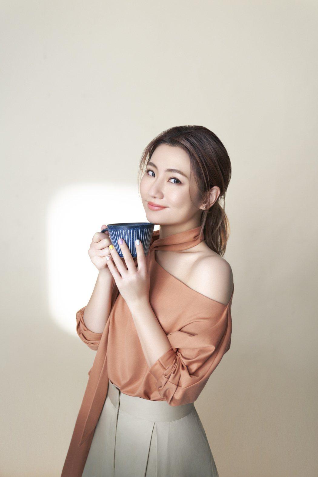 Selina任家萱跨足副業成立全新品牌「任性eat下」。圖/任真美好提供