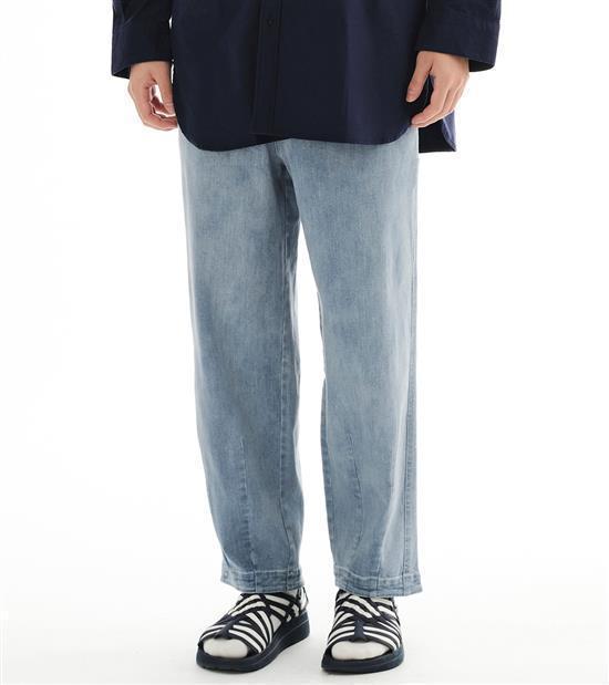 plain-me男款丹寧繭型長褲2,280元。圖/plain-me提供