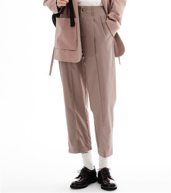 plain-me女款比例神褲1,880元。圖/plain-me提供