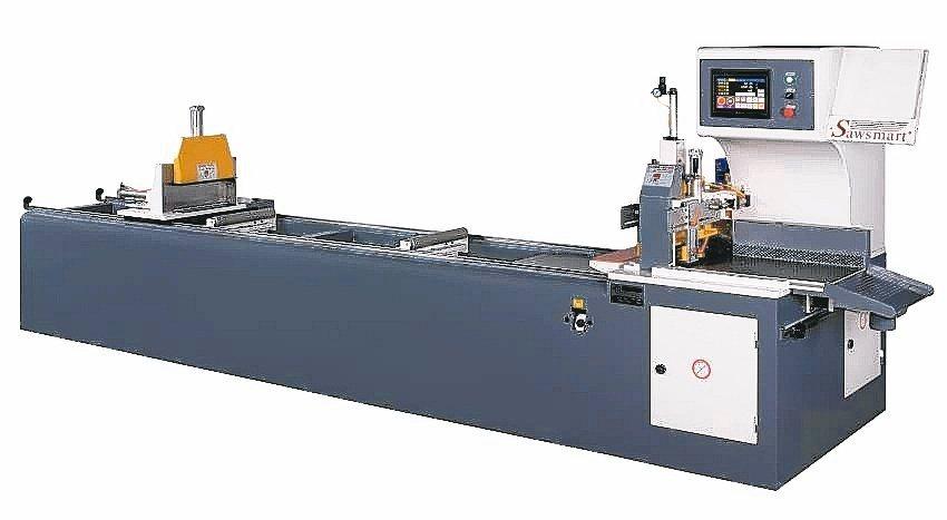 冠盛NC不回刀鋸料機尾料控制最短僅10mm,將生產成本耗損降至最低。冠盛機械/...