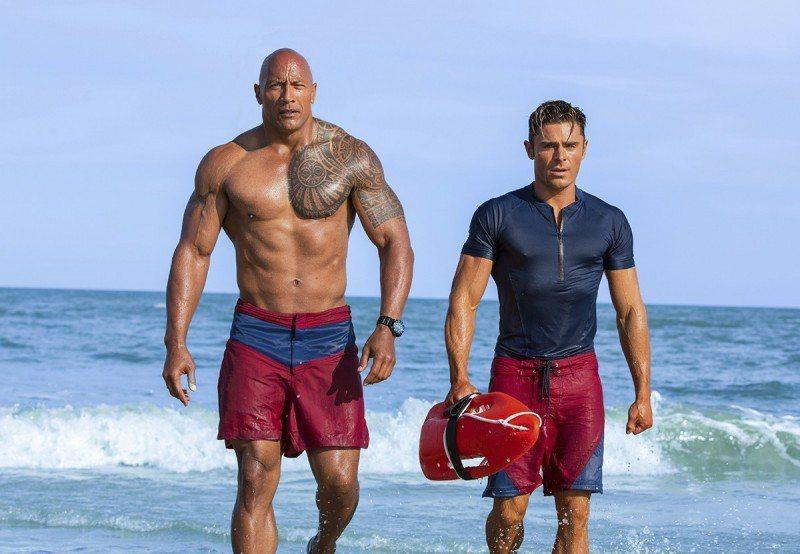 《海灘救護隊》電影劇照。 圖/IMDb
