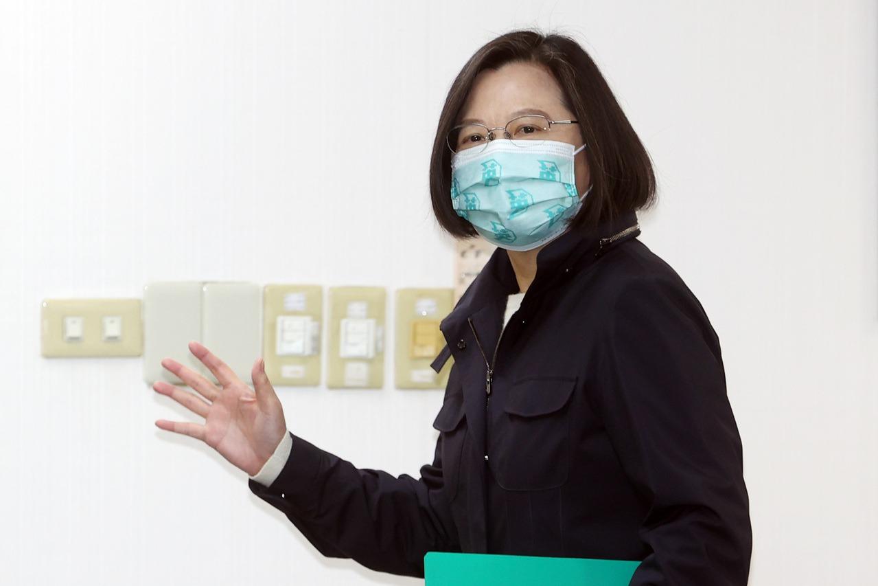楊志良指應開除染疫醫師 蔡英文:不需風涼話打擊士氣