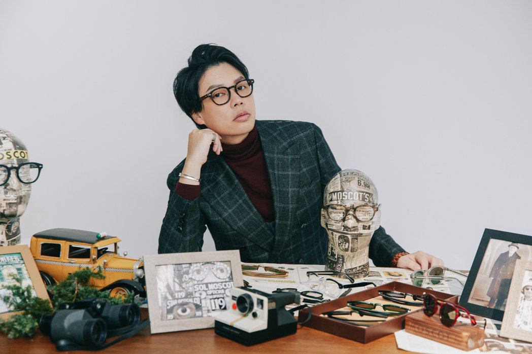 李祐群配戴MOSCOT眼鏡。攝影:王晨熙;圖片/森³ sunsun-museum...