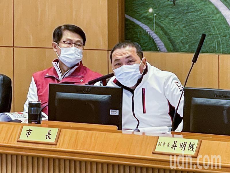 新北市長侯友宜指出,大陸嚴格執行14天居家隔離與14天自主健康管理,台灣除了原有的14天居家隔離,自主健康7天也要嚴格落實執行。記者王敏旭/攝影