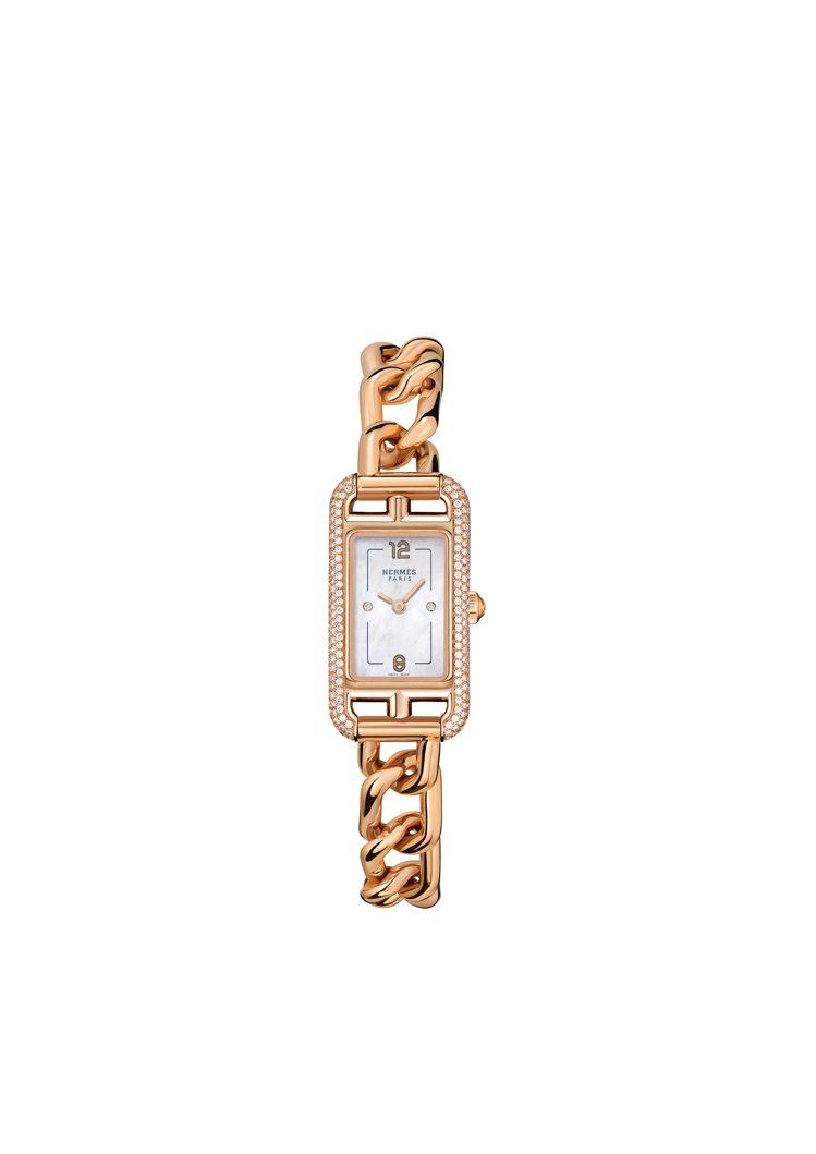 Nantucket 玫瑰金鑲鑽鍊表,62萬0100元。圖/愛馬仕提供