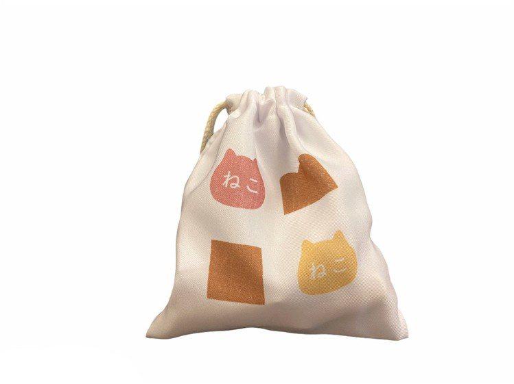貓咪吐司LOGO束口袋/快閃價149元。圖/台隆手創館提供