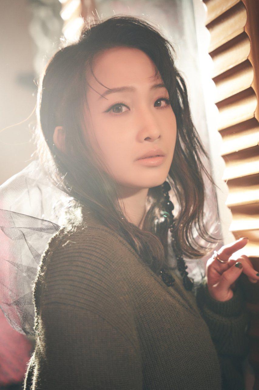 朱俐靜推出新專輯「來日方長」。圖/福韻工作室提供