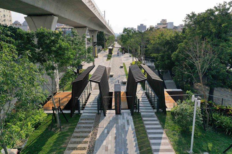 台中綠空鐵道完工後,獲得9項國際設計大獎。圖/取自「綠空鐵道軸線計畫」臉書