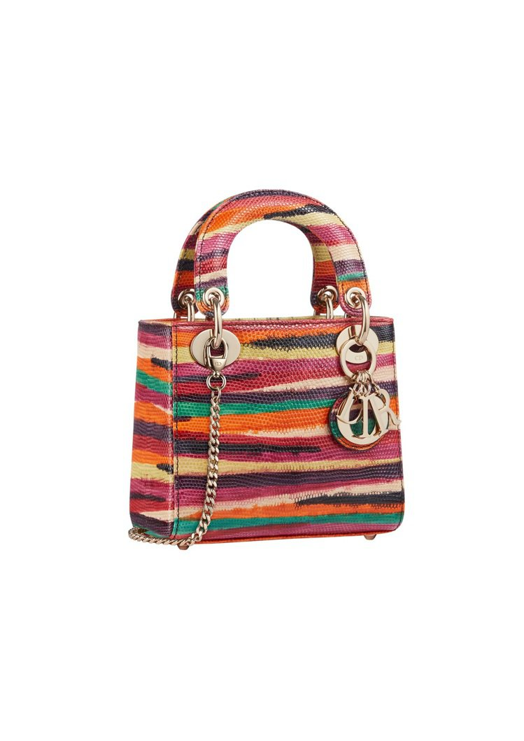 Lady Dior mini彩虹珍稀蜥蜴皮鍊帶提包,36萬元。圖/DIOR提供