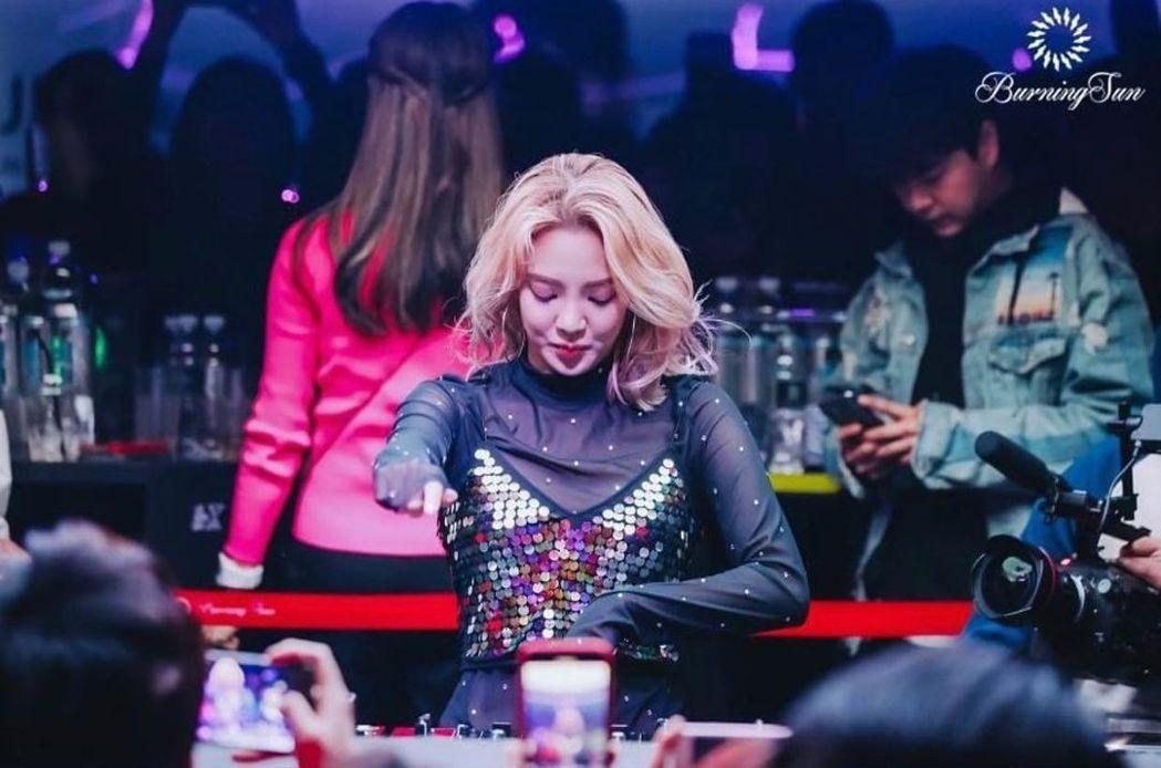 孝淵被爆曾在勝利夜店目擊到某位女星吸毒。 圖/擷自IG