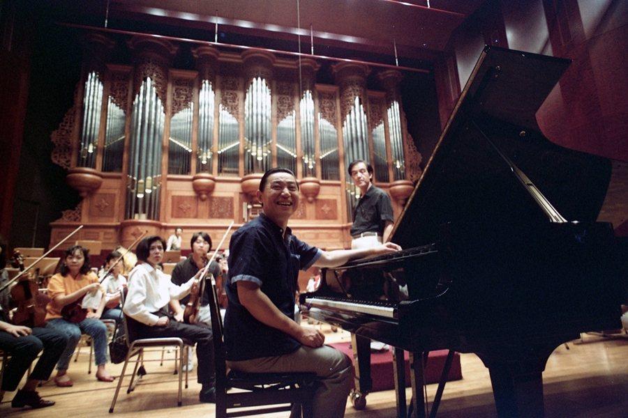 傅聰在國家音樂廳練琴,攝於1989年。 圖/聯合報系資料照